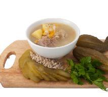 Jak zrobić wytrawną zupę z octem i dodatkiem marynat?