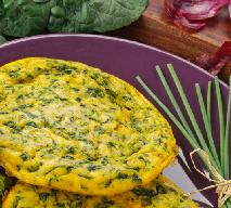 Omlet z kurczakiem i zieloną fasolką