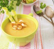 Zupa krem z ziemniaków z chrupiącymi grzankami: przepis