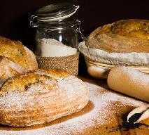 Domowy chleb z topinamburu z czarnuszką i masłem koperkowym