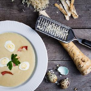 Zupa chrzanowa: rozgrzewająca bomba witaminowa