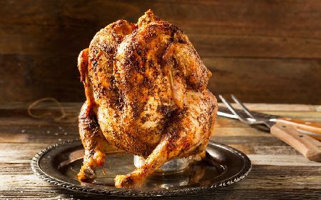 Kurczak pieczony na butelce - sprawdź, jak go zrobić