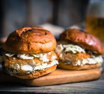 Pieczone burgery rybne - idealny sposób na rybę!