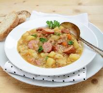 Zupa zagraj z kluseczkami - przepis na zupę dziadowską, czyli kartoflankę z zacierkami