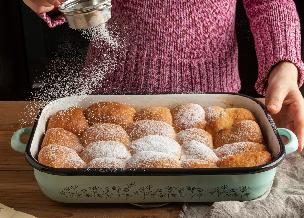 Czeskie buchty na słodko - pyszne bułeczki drożdżowe z migdałami i wanilią