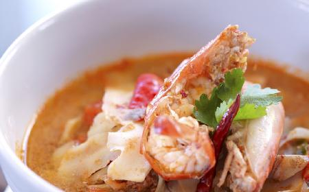 Pikantna zupa krewetkowa
