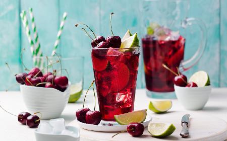 Lemoniada czereśniowa: orzeźwiający napój z czereśni
