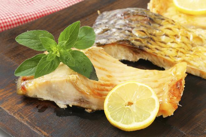 Dietetyczny karp wigilijny: sprawdzony przepis [WIDEO]