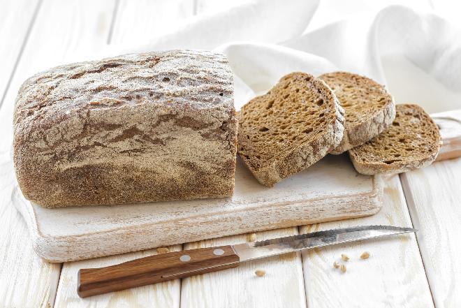 Domowy chleb na zakwasie: sprawdzony sposób