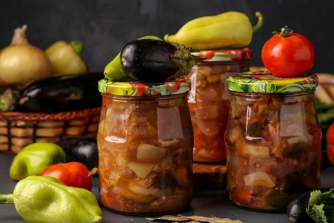 Sałatka warzywna na zimę, jak bułgarski Globus: spytaj ojca, spytaj matki jakie to pyszne